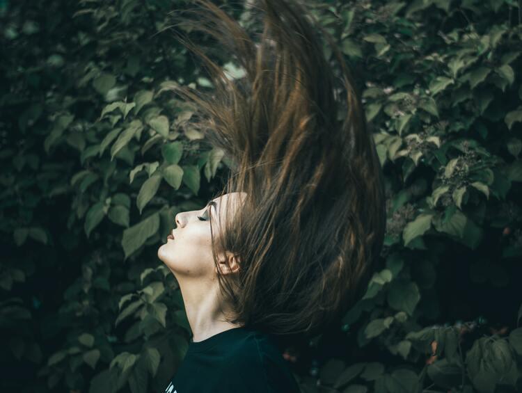woman hair regrowth